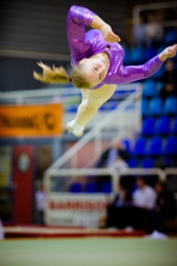 In_the_air_tonight_(gymnastics)_200px